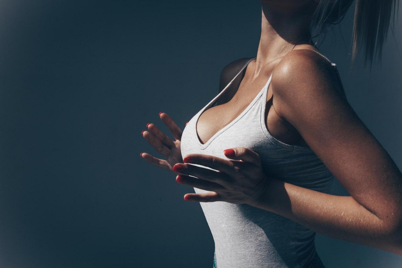 Маммопластика, увеличение груди имплантами